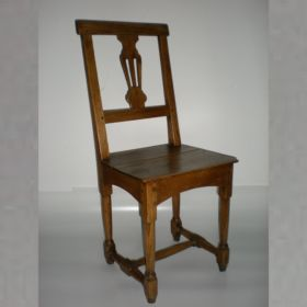 stoel-essenhout-antiek-18e-eeuw