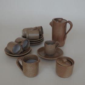 koffie-servies-handgedraaid-aardewerk-Devica-Portugal-1970-vintage-antiek