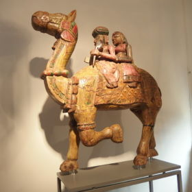 beeld-Dhola-Maru-kameel-Rajasthan-India-beschilderd-antiek